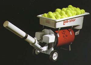 lobster-hybrid-tennis-ball-machine